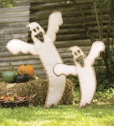 Recycled metal Boo Ghost yard art makes a great Halloween display year after year. A ghoulish delight!