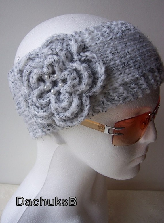 @michele ryan. Can you do this ford me please? :): Hands Knits, Rfl Crafts Ideas, Headbands Ears, Michele Ryan, Fun Stuff, Ears Warmers, Ear Warmers, Knits Headbands, Diy Projects