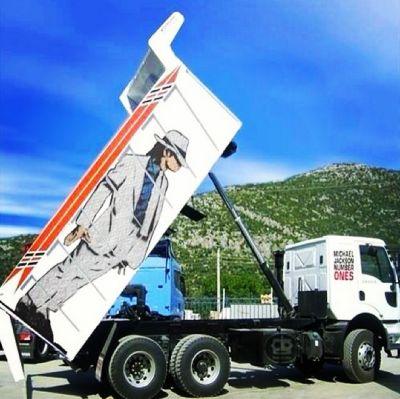 719043:  Jacko garbage truck