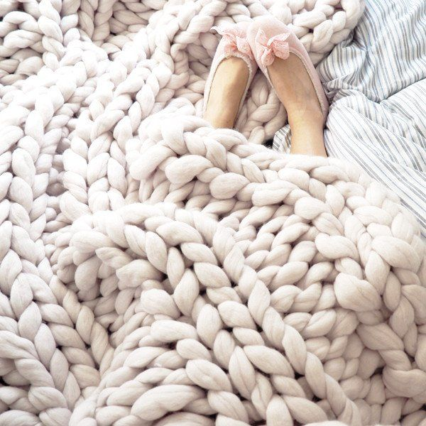 1000 id es sur le th me grosses mailles sur pinterest tricots charpes infinity et charpes. Black Bedroom Furniture Sets. Home Design Ideas