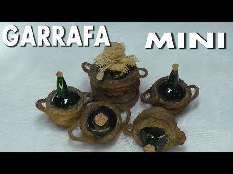 Muchas veces tenemos la dificultad de encontrar miniaturas para nuestro belén o casa de muñecas,esta es una versión corta del video original de lascosasdelal...