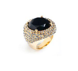 Sasha Ring, a must have https://foreverwoman.kitsylane.com/index.php?file=shop&cId=1