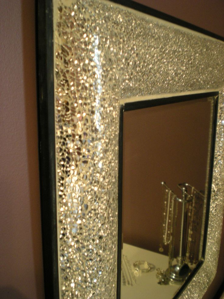 Best 25 broken mirror projects ideas on pinterest cd for Homemade mirror frame ideas