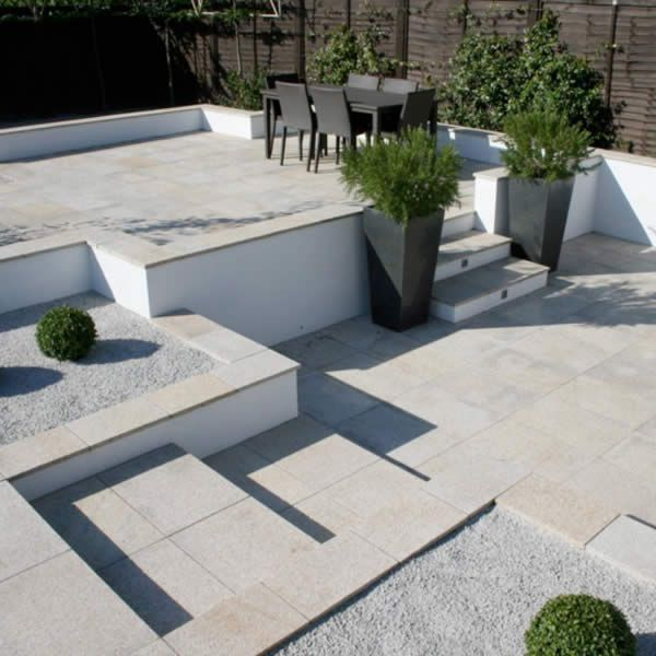 Pale Binding Gravel #granite #paving #stone || Contemporary Terrace | Jane  Follis
