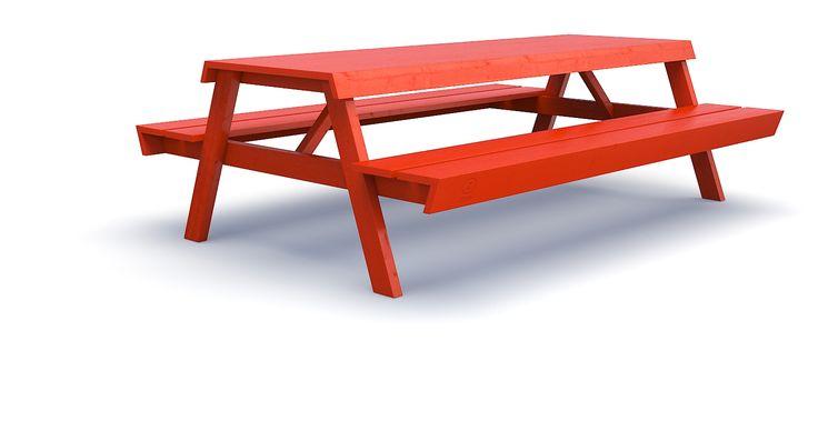 Zittel Picknick. Gezellige, grote, stoere picknick tafel. Ook voor binnen een aanwinst, als je ruim behuisd bent. Je kunt er gemakkelijk met z'n zessen aan  zitten. Het tafelblad is helemaal watervast verlijmd net als alle overige verbindingen. Maar, let op, de picknick tafel kan niet uit elkaar! Zouden ze hem ook in het rood hebben?