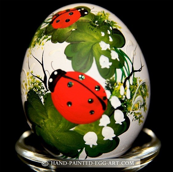 Hand-Painted-Egg-Art. Designs by Margit Jakab. The Ladybugs