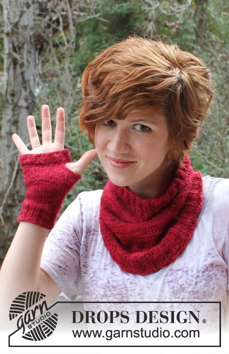 "Free pattern: Knitted DROPS neck warmer and wrist warmers in ""DROPS ♥ You #3"" or ""Karisma"". ~ #DROPSDesign #DLY3"