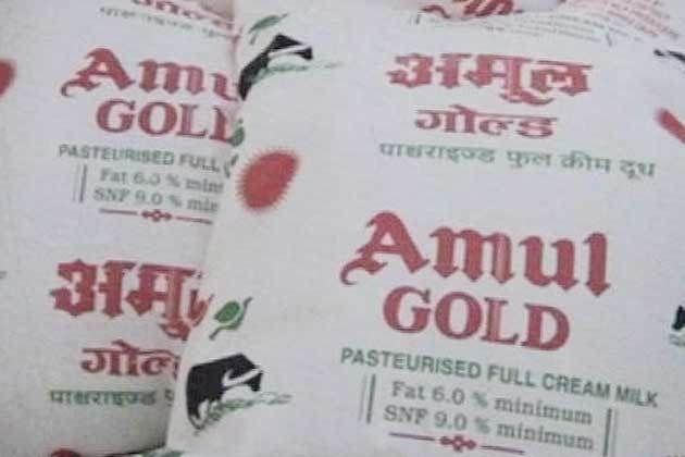 Amul to set up Rs 200 crore dairy plant at Varanasi, Did Narendra Modi give Gift to Varanasi in Advance ? ~The Narendra Modi