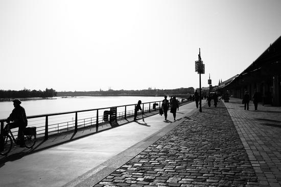 Les quais de Bordeaux par Fanny Baquey