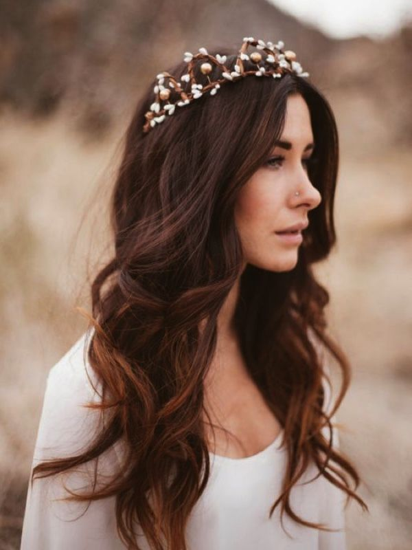 Wavy hair wedding hair #waves #weddinghair