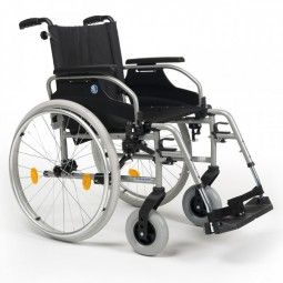 Silla de ruedas plegable D100 VERMEIREN. #vermeiren #antiescaras. #Silladeruedas #movilidad #accesibilidad #escaras #terceraedad #mayores #discapacidad #ortopedia #ortopediaplus #Wheelchair