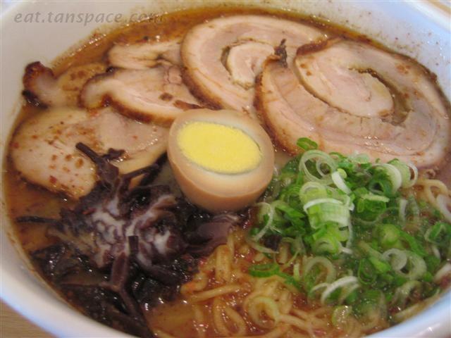 Google Image Result for http://eat.tanspace.com/photos/Ajisen-Ramen-BBQ-Pork-Ramen.jpg