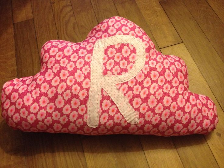 Coussin nuage girly Tissus Petit Pan