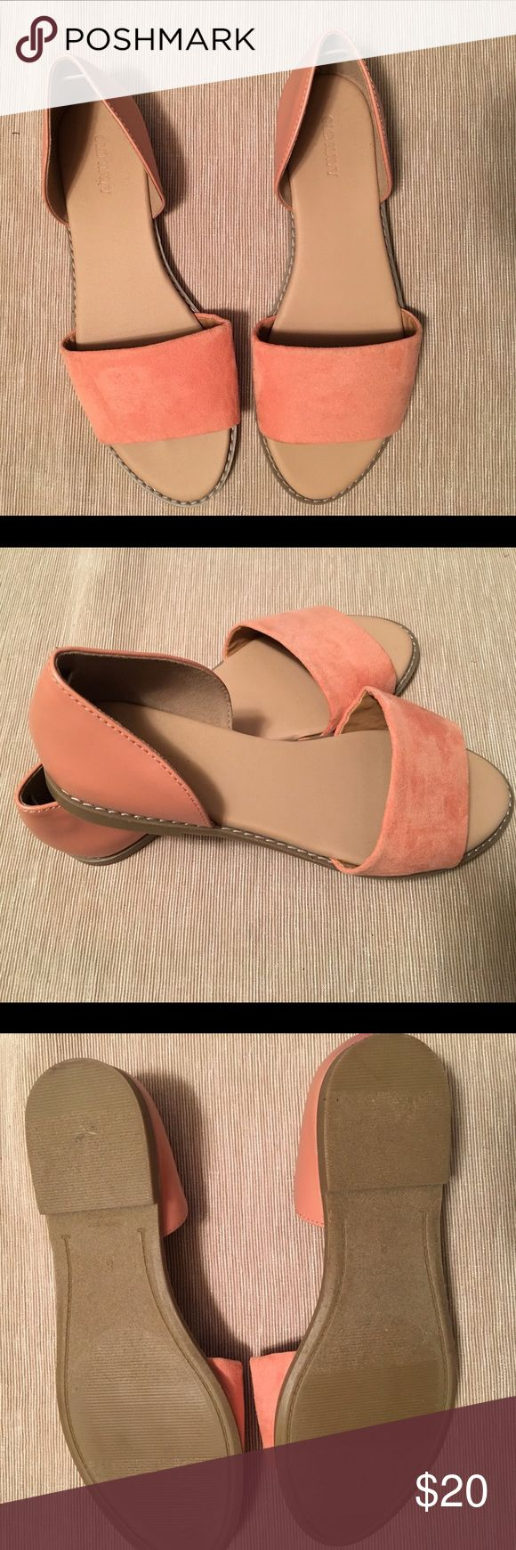 Open toe Flat shoes Salmon colored Old Navy flat shoes. Back is a leather material and front is a suede material. Never worn. New without tag. Old Navy Shoes Flats & Loafers