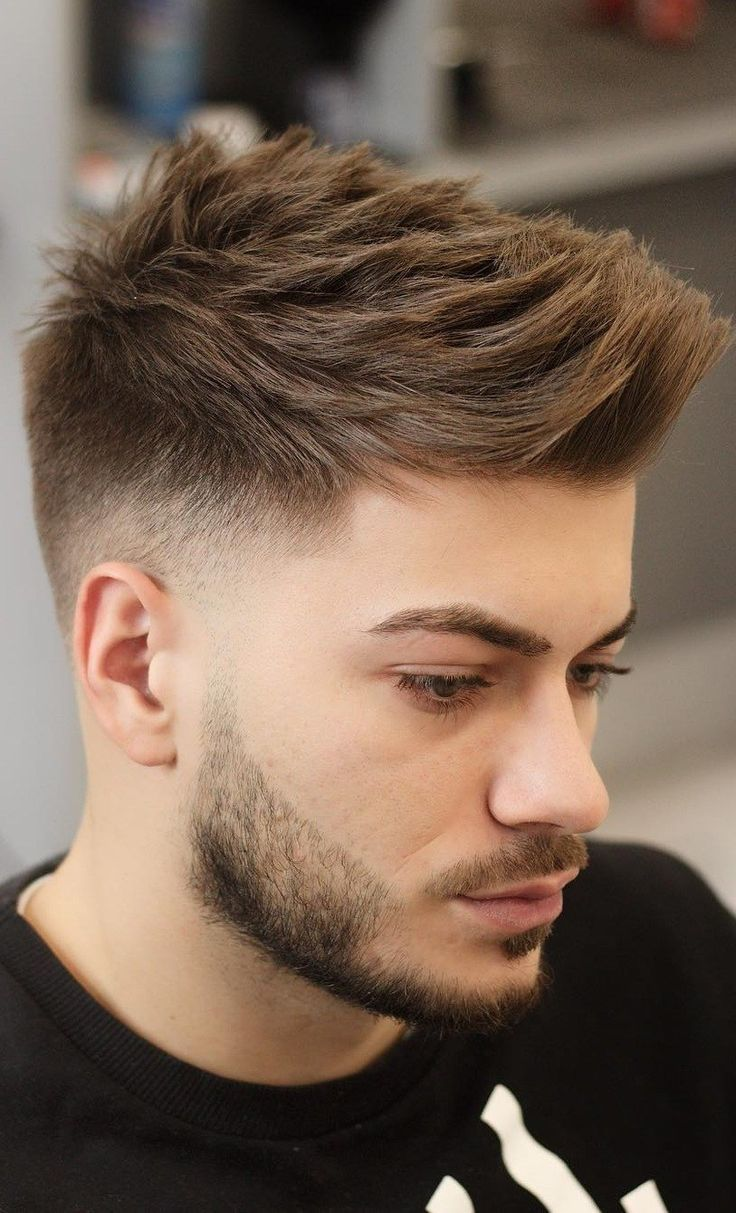 30 Top Fade Hairstyles For Men That Are Highly Popular In 2019 Poprawa Wizerunku Coupes De Cheveux Hommes Modernes Coiffure Homme Coupe De Cheveux