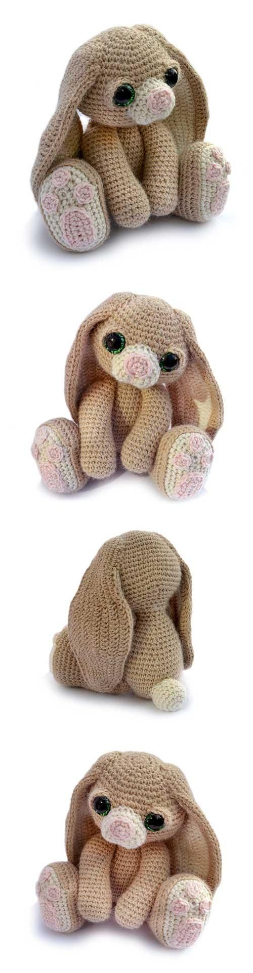 Gorgeous bunny pattern! Found at Amigurumipatterns.net