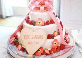ブームの予感♡!海外で大人気の『ネイキッドケーキ』でロマンティックWEDDING♡ | marry[マリー]