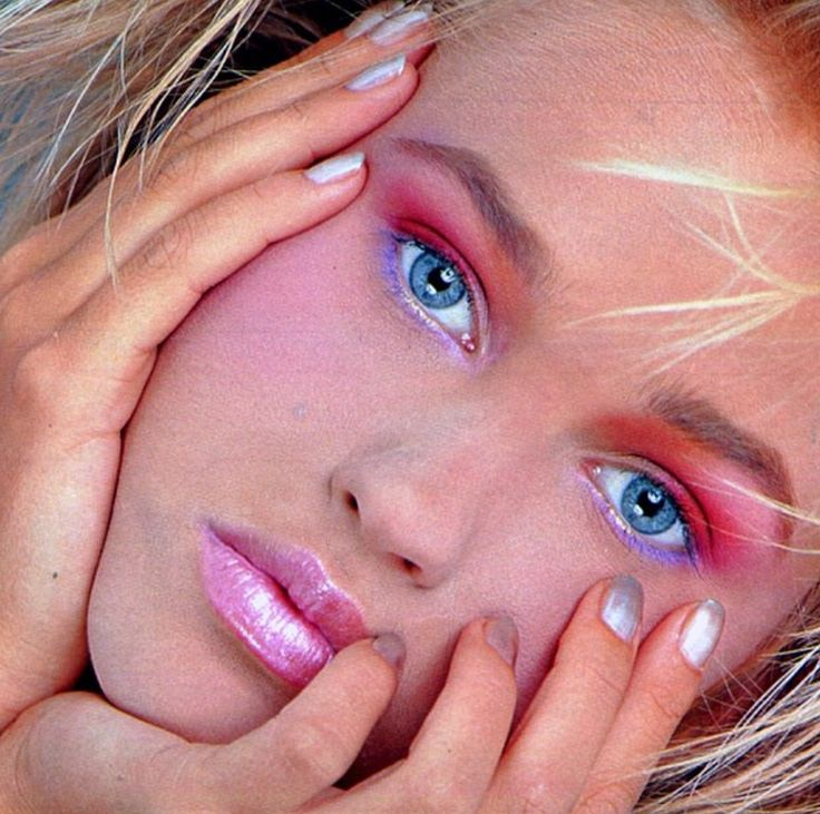 MAKE UP - LOVE THE SHIMMER LIPS - SO 80'S AND THESE COLOURS COULD WORK WELL ON HER SKIN TONE - MORE DRAMATIC CHEEKS THOUGH AND THE SHADES WILL SET OFF THE LOOK