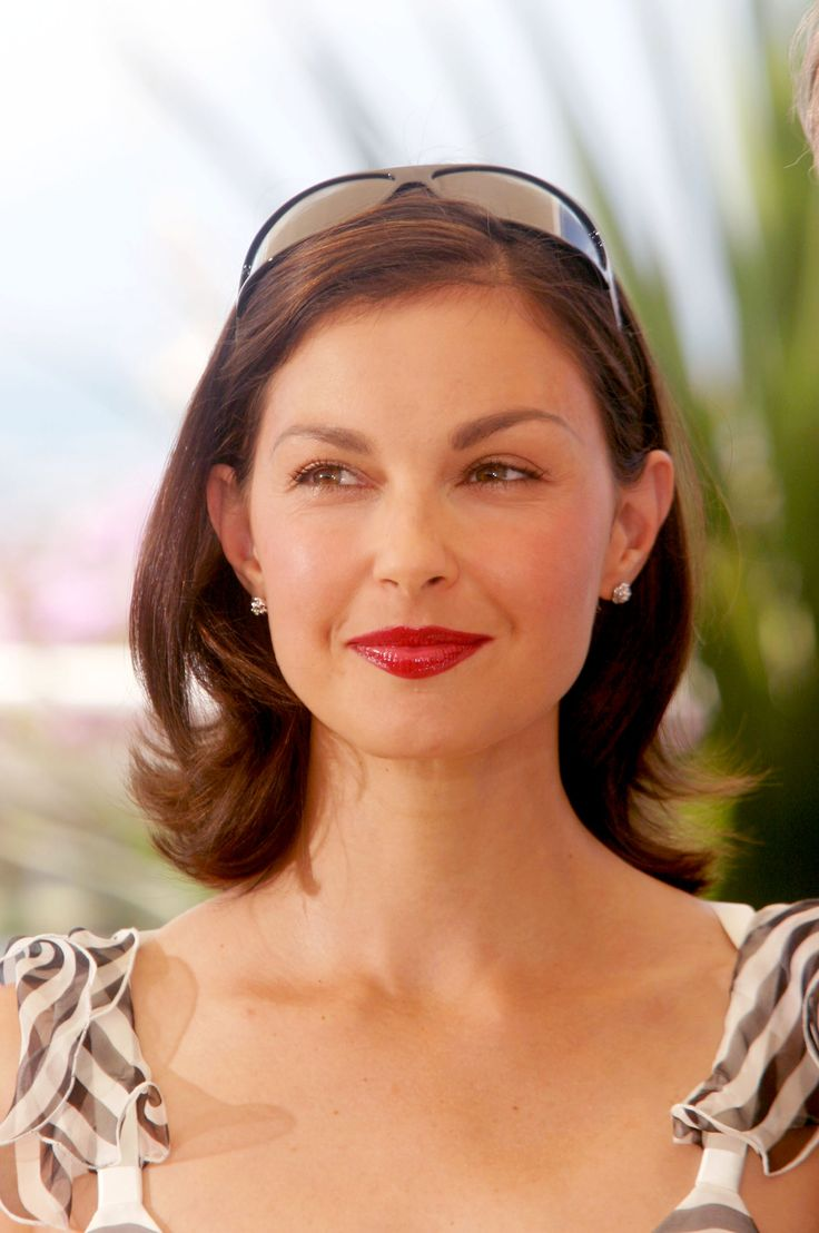 Ashley Judd (1968-) American film and television actress, political activist and humanitarian.