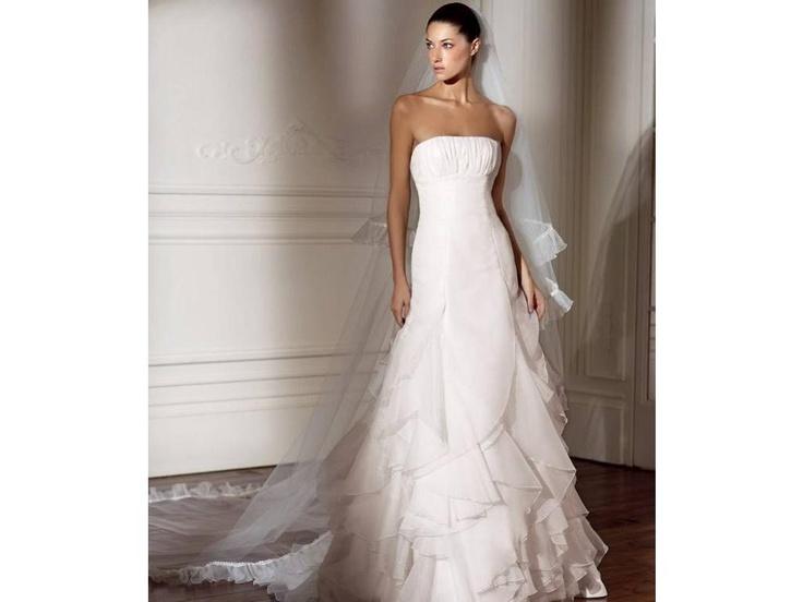 45 best Pronovias images on Pinterest   Short wedding gowns, Wedding ...