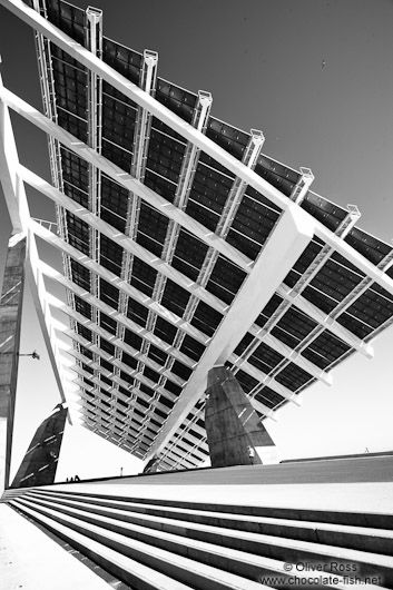 Large array of solar panels at the Barcelona Forum. @designerwallace: Arches Shots, Arches Elements, 35Mm Photography, Architecture Geometry Ii, Architecture Elements, Barcelona, Tau Motion, Solar, Green Energy
