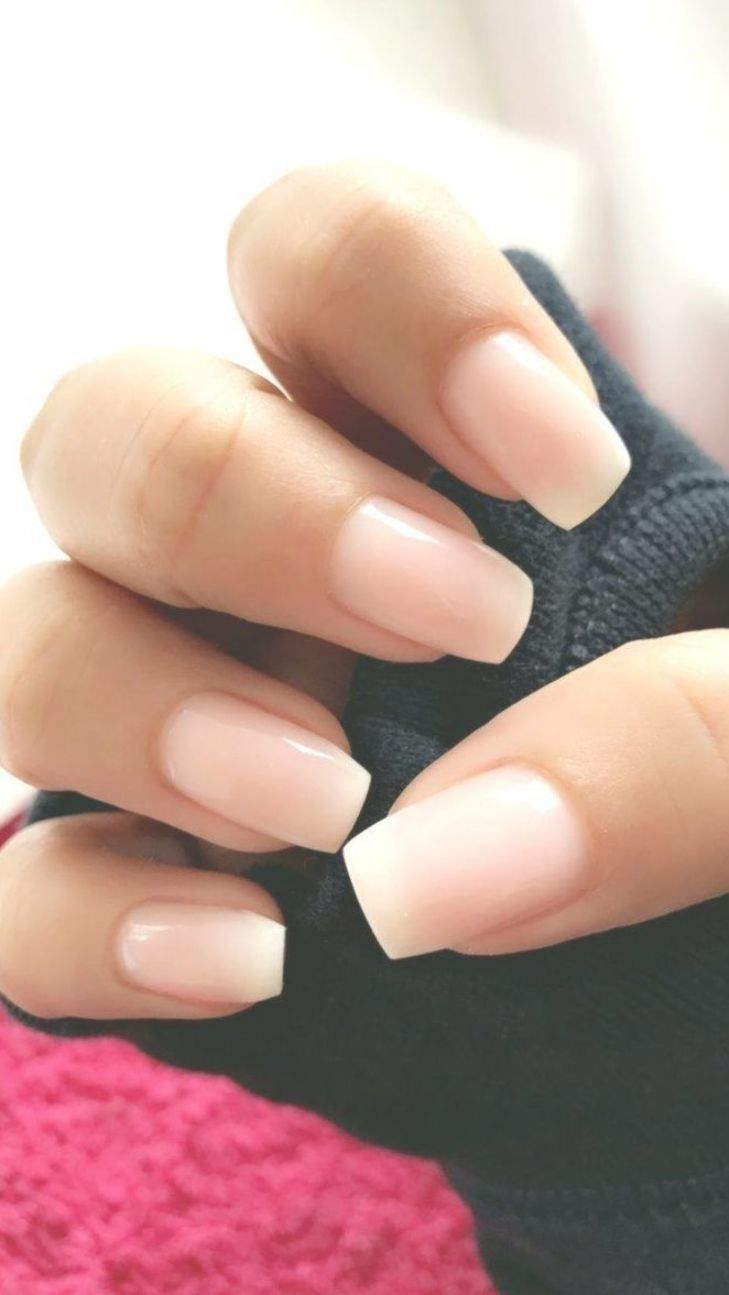 Ombré French tip almond shaped nails | Ombre french tips