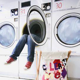 6 segreti per igienizzare e mantenere pulita la lavatrice - Addio macchie | Donna Moderna