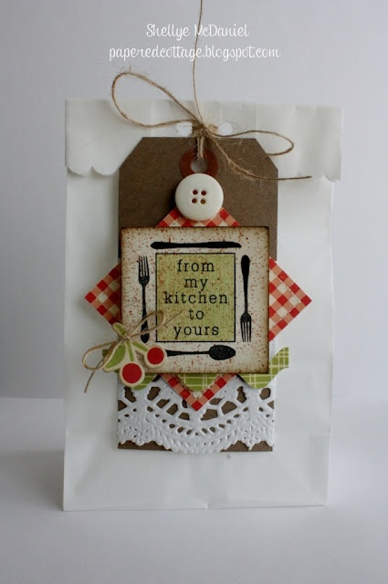 Cute Country Style Collage Tag Used On A Gift Kitchen
