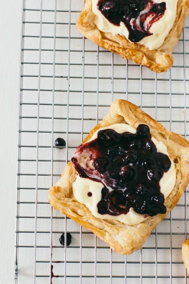 puff pastry tarts with twangy blueberry sauce | The Vanilla Bean Blog | Bloglovin