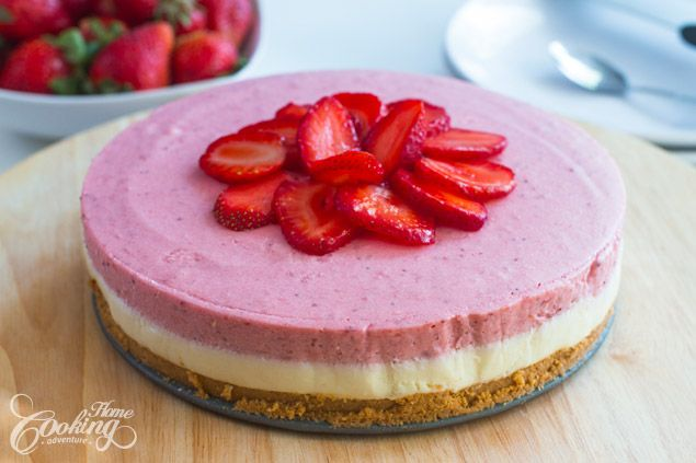 This no bake white chocolate strawberry mousse cake is a delicate and elegant summer dessert, refreshing and most of all really flavorful. Just imagine, a crispy crust, a soft white chocolate mousse layer followed by a fruity mousse layer and topped with fresh strawberries which also bring a bit of texture and flavor.