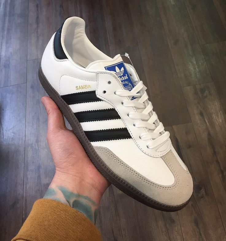 @adidasoriginals vintage Samba OG in white leather. An absolute classic. In store now and online soon priced 75. #adidas #adidasvintage #adidasoriginals #samba #sambaOG #threestripes #classic #iconic #menswear #mensstyle #mensfashion #sneakers #sneakerhead #casualstyle #casuals #casualscene #ss17 #igsneakercommunity #igsneakers #philipbrownemenswear