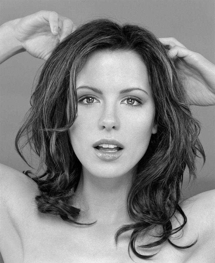 Kate Beckinsale                                                                                                                                                     Plus