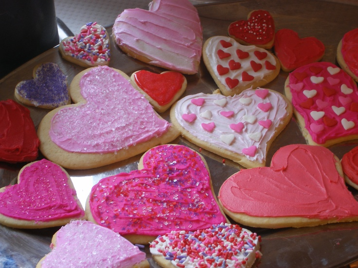 Valentine's Sugar Cookies. Want to do these this year