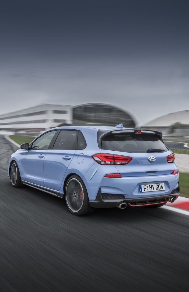 Der neue Hyundai i30 N - The all new Hyundai i30 N http://addicted-to-motorsport.de/2017/07/14/hyundai-i30-n-erster-hot-hatch-in-der-modellpalette/?utm_campaign=crowdfire&utm_content=crowdfire&utm_medium=social&utm_source=pinterest #hyundai #nürburgring #