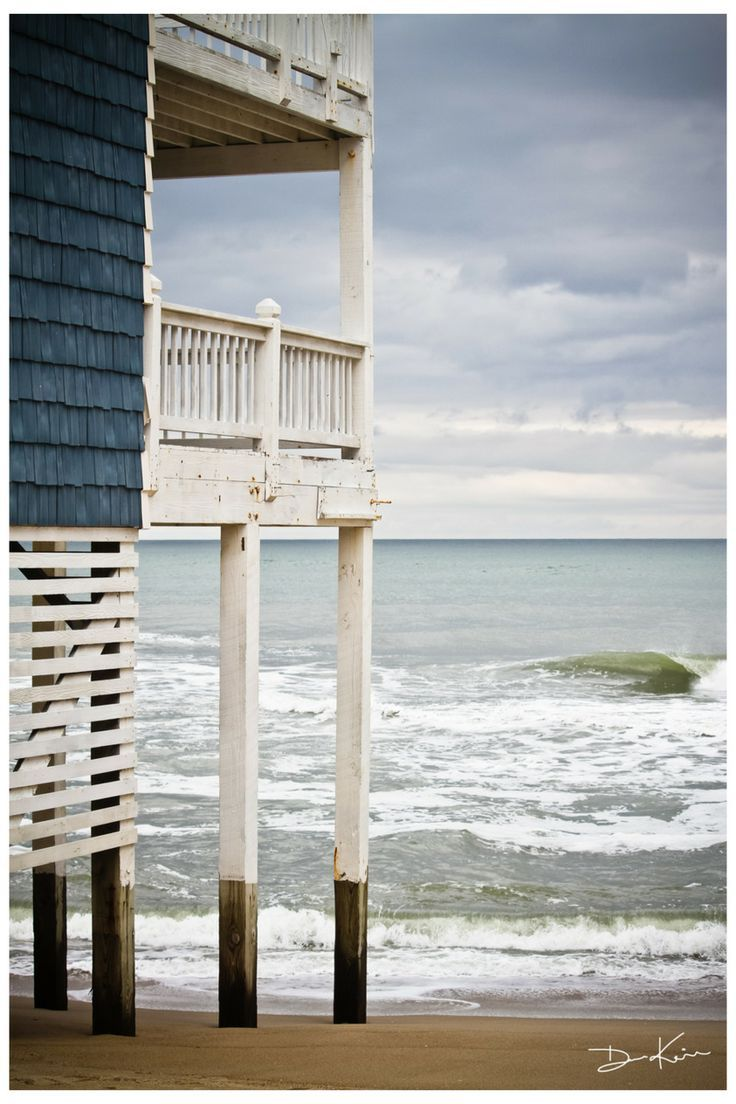 Beach Balcony, The Outer Banks, North Carolina | La Beℓℓe ℳystère