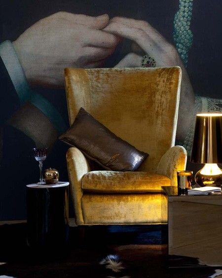 A foto fica muito bem o sofá ou cadeirão é lindo.