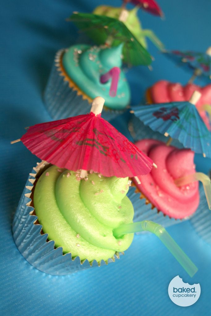 Beach Themed Cupcakes <3