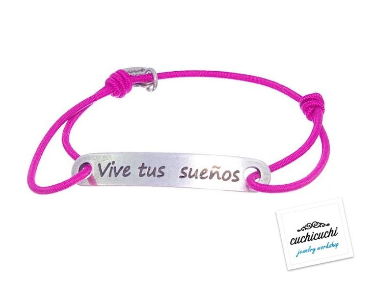 Fuchsia custom elastic bracelet with a name,date or your favorite pharase engraved -The engraving is included -925 Silver -Handmade in Spain by CuchiCuchiSHOP on Etsy