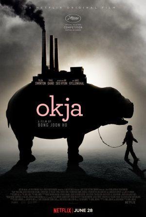 Was ist OKJA? Ein gute Frage. Denn so recht kann man diesen Netflix-Film keiner Genre-Schublade zuordnen. In jedem Fall aber ist der Film komisch, gesellschaftskritisch und er greift den Irrsinn unserer Ernährungsindustrie an. Entsprechend surreal und überzeichnet kommt er daher. Dabei ist der Film gleichzeitig Satire wie Drama. Diese Mischung kennen wir schon aus WAR MACHINE. OKJA setzt dabei auf eine Tier-Mensch-Freundschaft, die richtig ans Herz geht. #Review #Filmkritik #Netflix