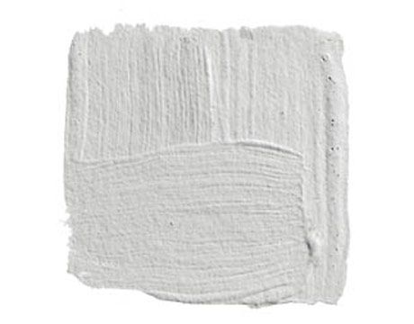 "BENJAMIN MOORE HORIZON 1478: ""I always come back to Horizon, a pale gray that doesn't turn blue or green on you."" Paint color"