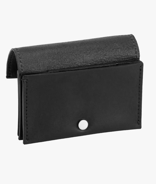 Shinola'sSmall AccordionWallet is handcrafted using American leather, and designed to gain character with continued use. Featuring nickel-plated Shinola-brand