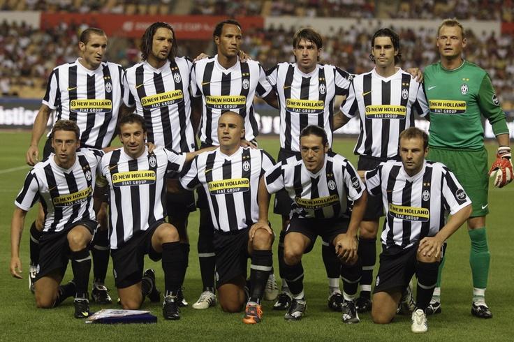 Juventus 2009: Chiellini, Amauri, Zevina, Grygera, Tiago , Manninger, Marchisio, Del Piero, Cannavaro, Camoranesi, Zanetti