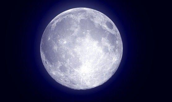 De magie van volle maan en een volle maan meditatie