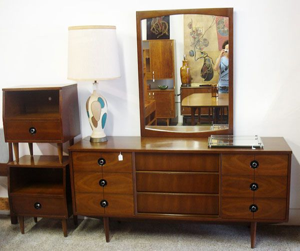 Mid Century Modern Walnut Stanley Bedroom Set. I Actually