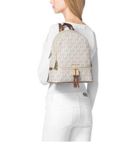 рюкзак майкл корс Michael Kors VANILLA Rhea Small Backpack: 12 тыс изображений найдено в Яндекс.Картинках