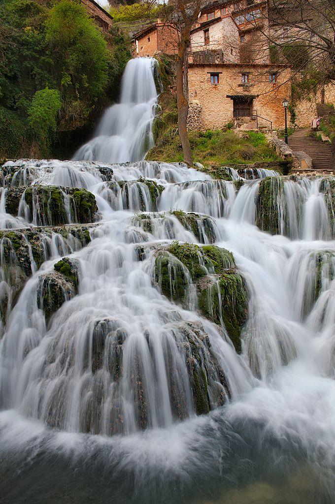 Cascada de Orbaneja del Castillo, Spain