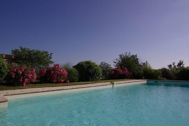 Location gite avec piscine gers, au Château de Poudenas