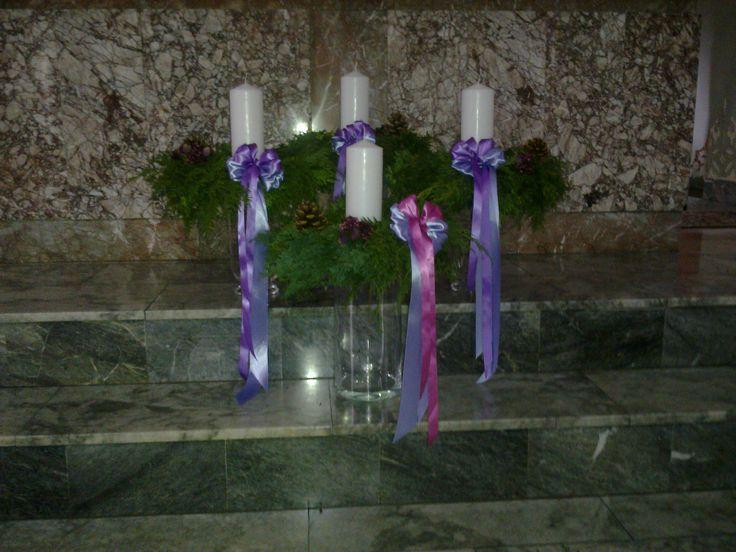 Adwent - dekoracja ołtarza