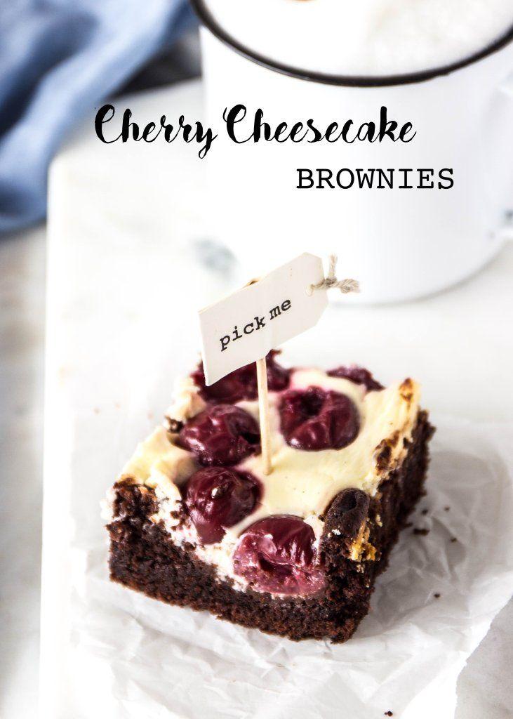Brownie-Cheesecake-Bars mit Sauerkirschen - Emma's Lieblingsstücke
