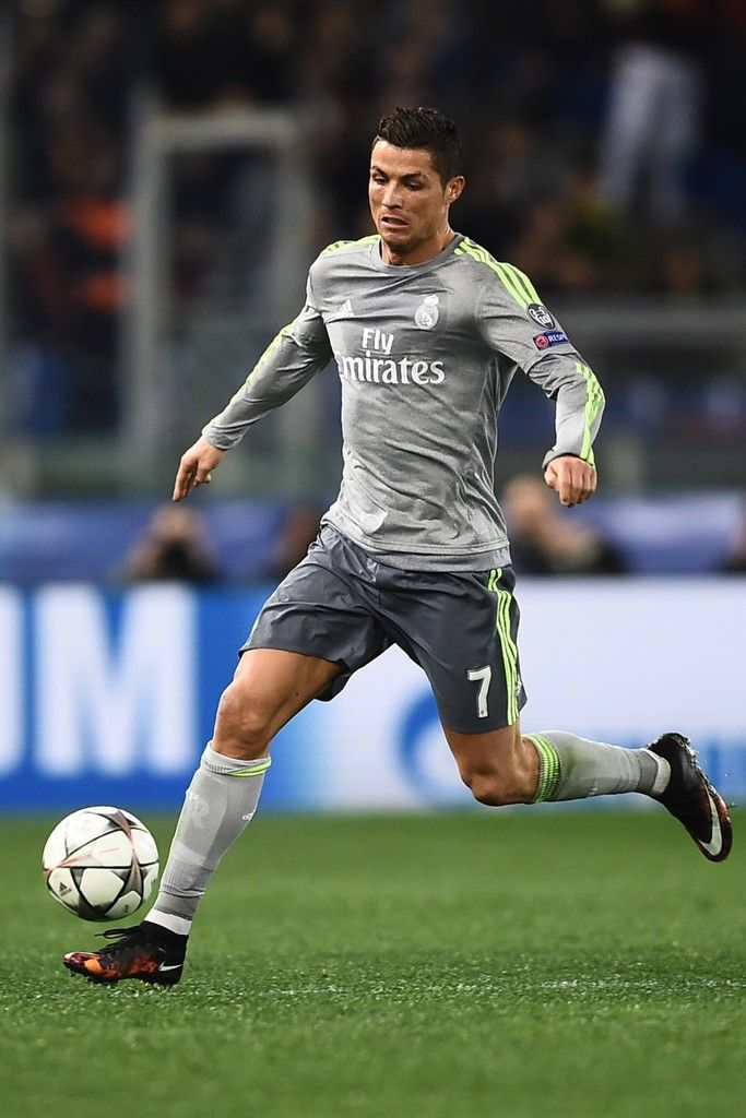 Real Madrid's Portuguese forward Cristiano Ronaldo kicks the ball during the UEFA Champions League football match AS Roma vs Real Madrid on Frebruary 17, 2016 at the Olympic stadium in Rome.